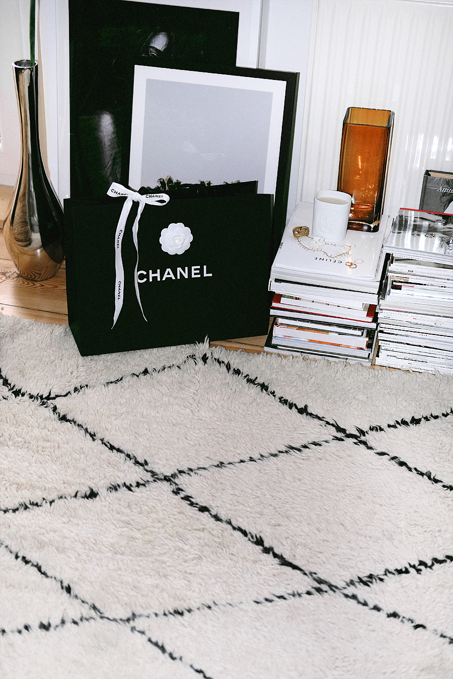 Chanel Bag Reveal Video. My very first Chanel bag, what's in the bag and how I save money