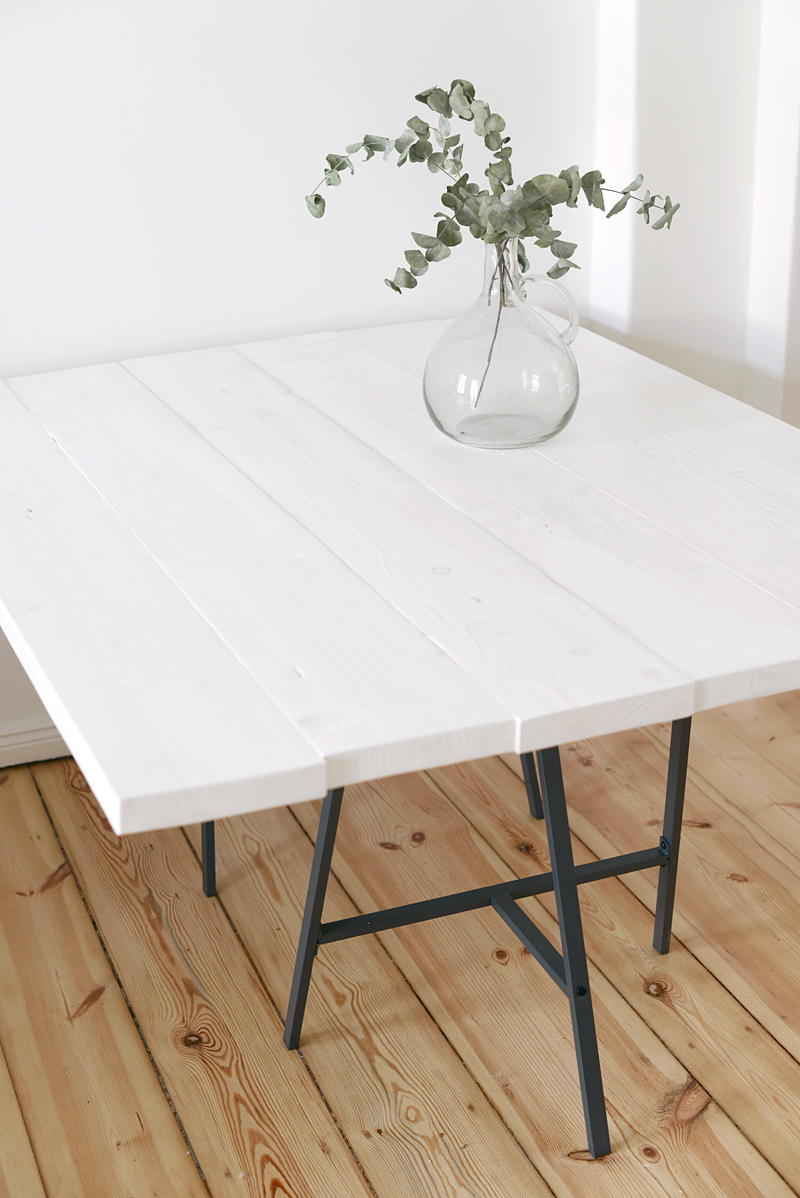 Interior: How to build your own wooden table