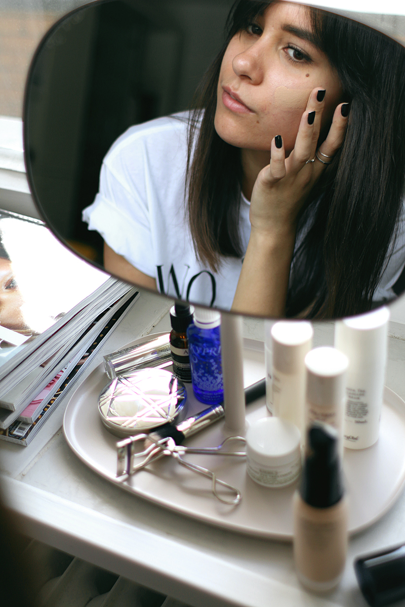 Make-Up all day with no touch ups: Shiseido Synchro Skin Foundation